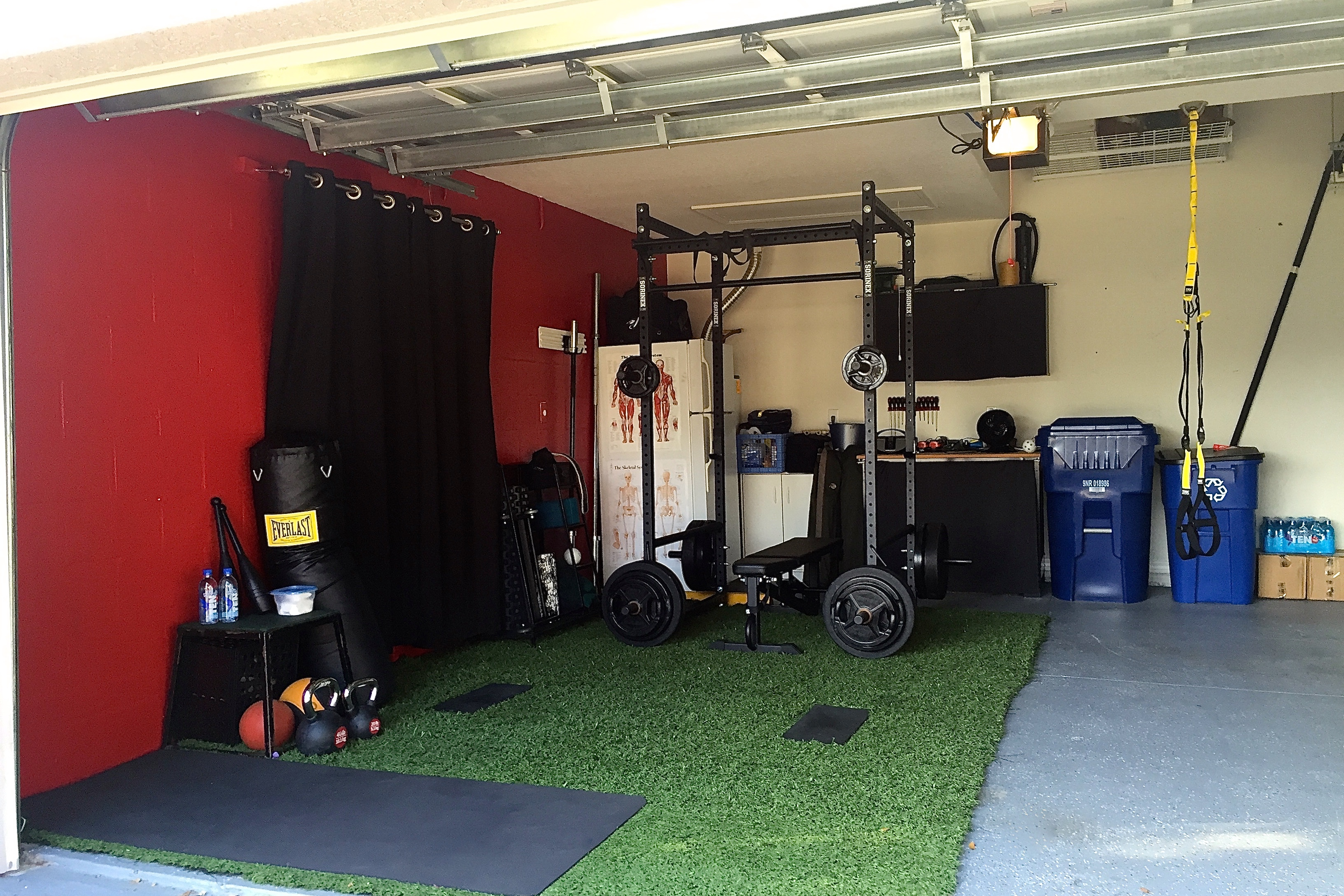 Garage gym evolution: creating the ultimate home training space